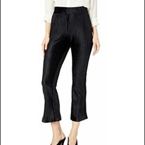 NWT BCBGENERATION FLARE KNIT CROPPED PANT